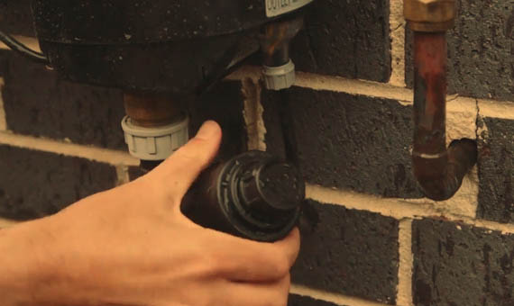 How to clean the inlet strainer on your RainBank
